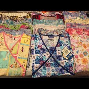 Large size scrubs 19 shirts, and  7 pants.
